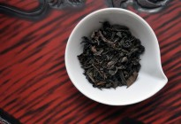 Dark Japanese Oolong Dry Tea Leaves