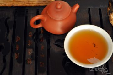 a cup of aged puerh