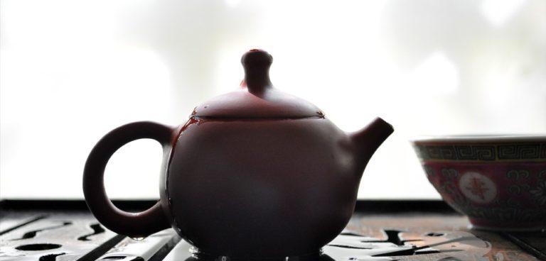 Brewing Roasted Tie Guan Yin
