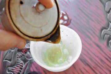 Karigane pouring